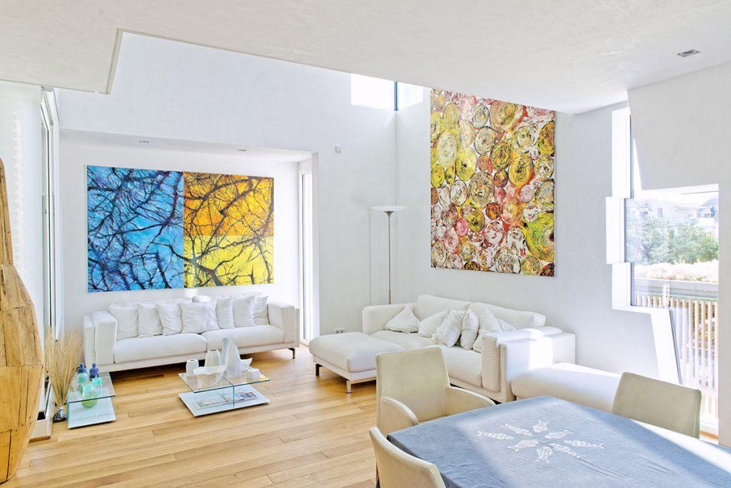 Raumgestaltung im Wohnzimmer mit Marmorino.